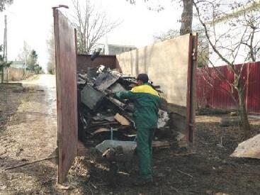 Уборка и расчистка участка